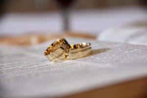 2つの結婚指輪