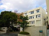 大森学園高校の校舎