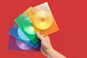 4色のCDケース