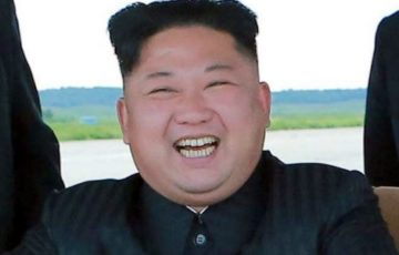 笑顔の金正恩
