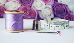 紫色の裁縫道具