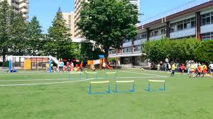 アオバジャパン・インターナショナルスクールの校庭