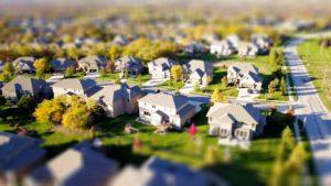 高台から見た住宅地の風景