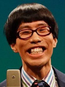 笑顔の坂口涼太郎