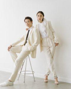 白い服を着た瀬戸康史と山本美月