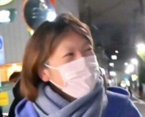 マスク姿の小室佳代