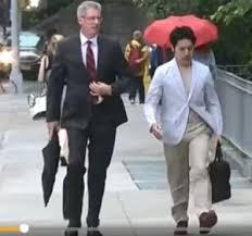 外国人spと歩く小室圭
